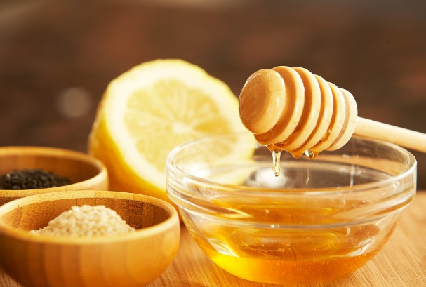 natural_moisturizer_honey