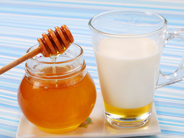 Natural Honey with Milk
