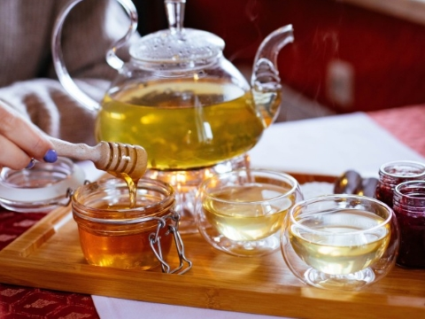 Benefits of Natural Honey on Winters